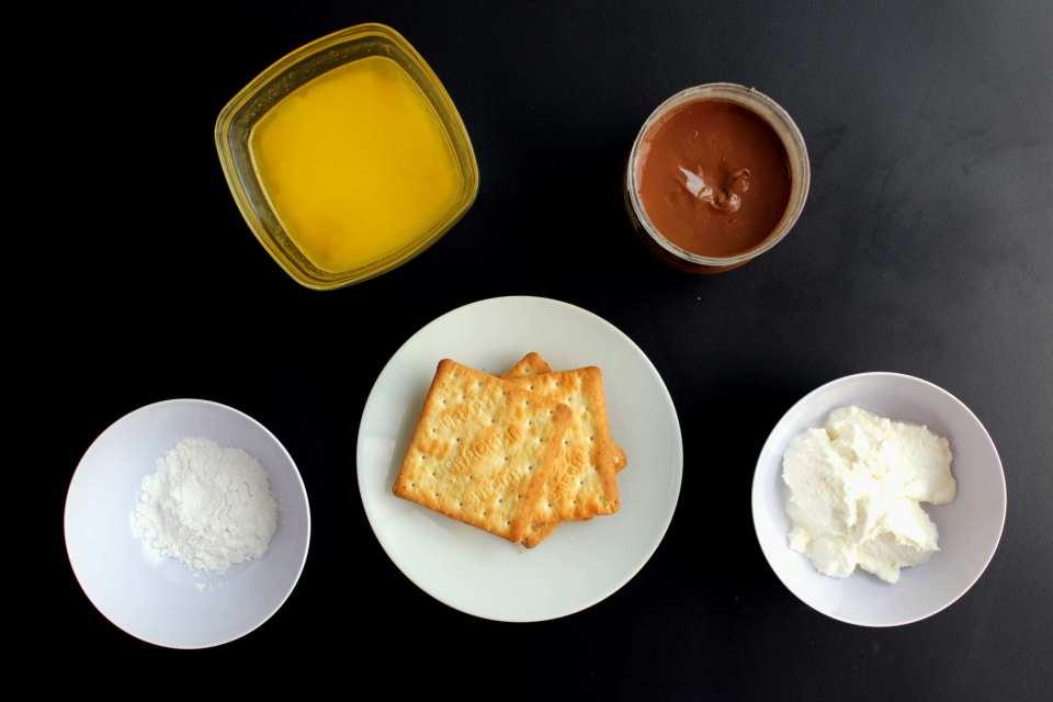 living-loving-recipe-hazelnut-cheesecake-ingredients