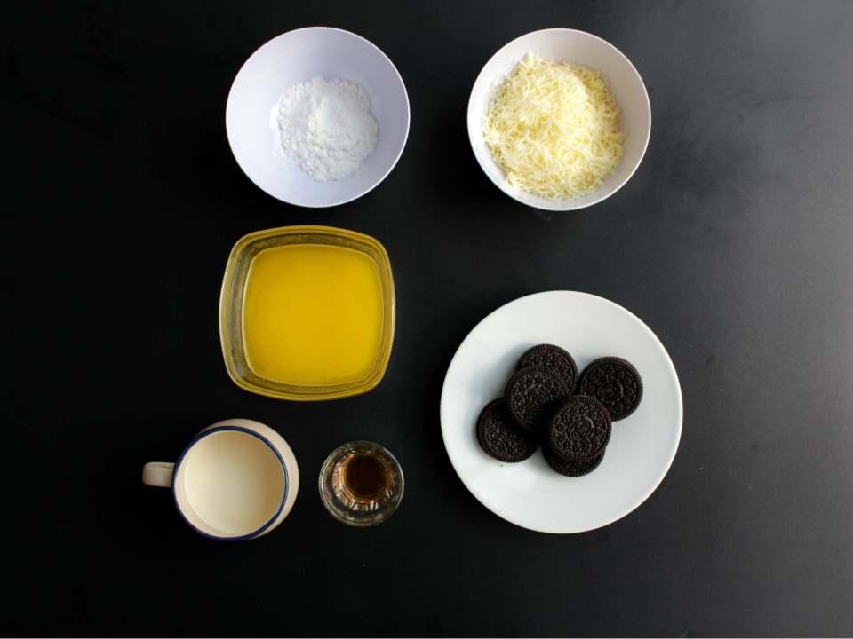 living-loving-recipe-oreo-cheesecake-ingredents