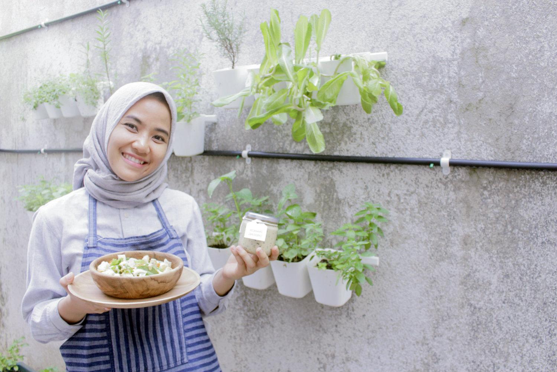 Simple Recipe Honey Mustard Japanese Salad Dressing Living Loving For All Things Lovely