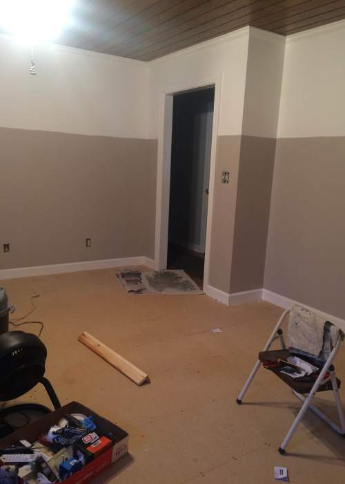 Living on Saltwater - Den Progress - Board and Batten