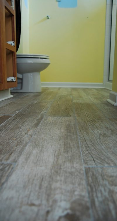 Living on Saltwater - Bathroom Makeover - Tiling - DIY