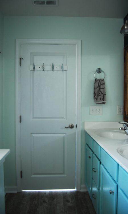 Living on Saltwater - Nautical Bathroom Makeover - Marine Cleats Hook
