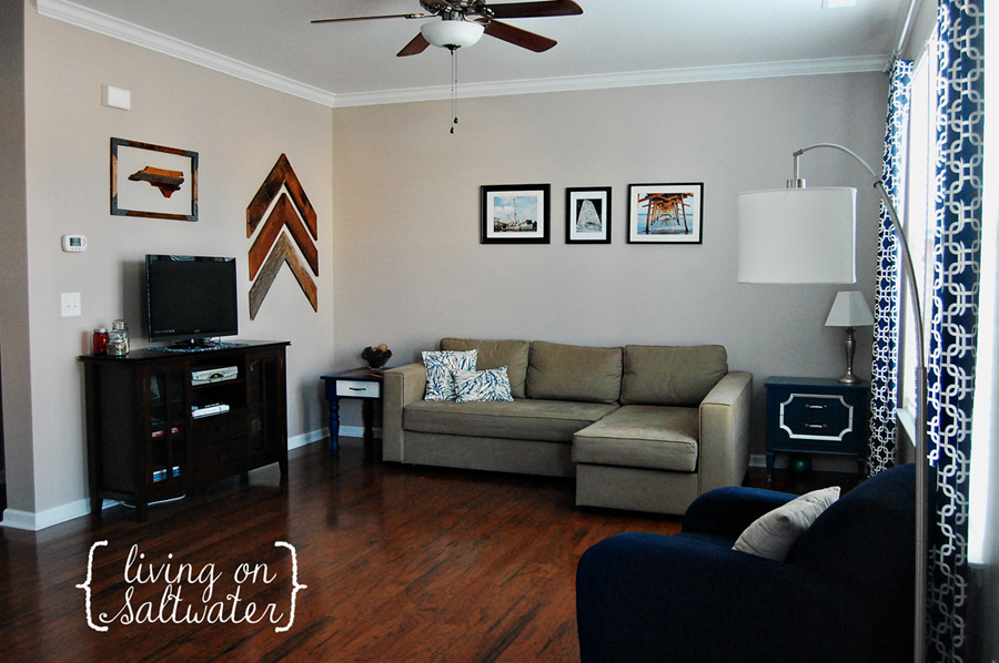 Living on Saltwater - Livingroom
