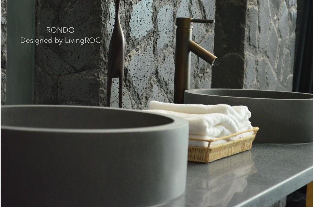 vasque ronde en pierre grise basalte salle de bain rondo