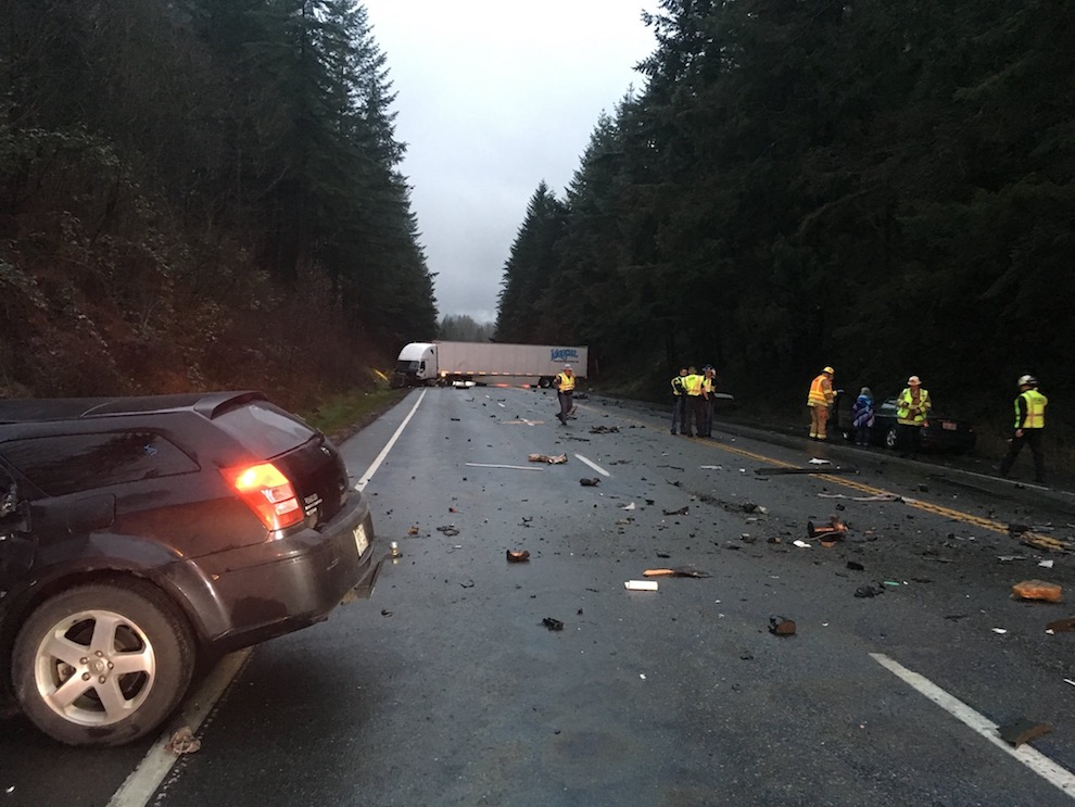 Head-on, fatal accident closes SR 18 over Tiger Mt. for hours Monday ...