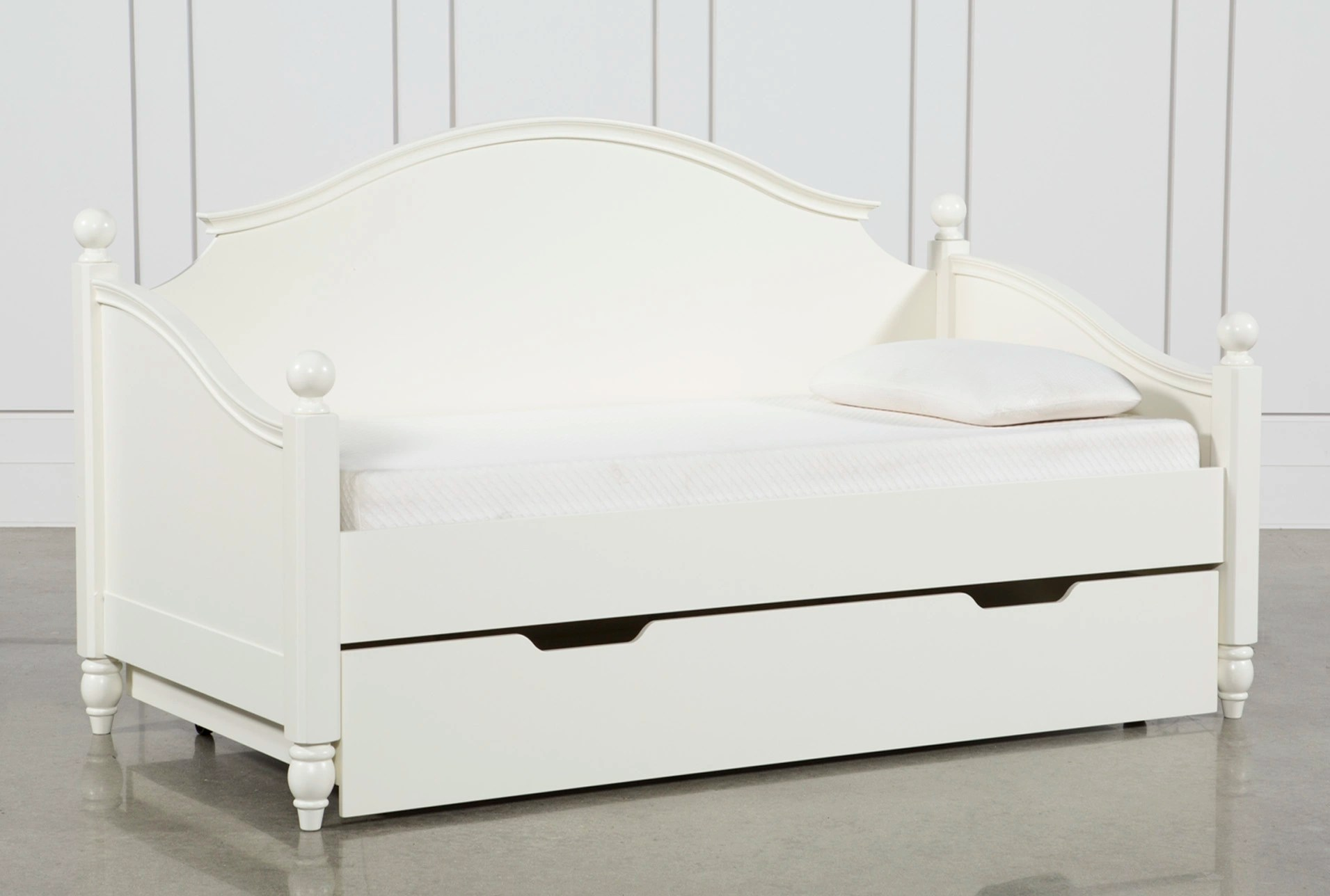 Kids Daybeds Free Assembly With Delivery Living Spaces
