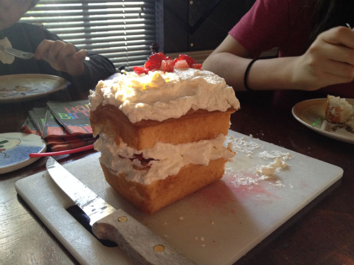 poundcake with homemade whipped cream and strawberries