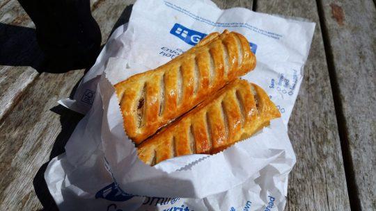 Greggs Sausage Rolls 香腸捲