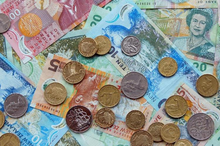 Lots Of Money2