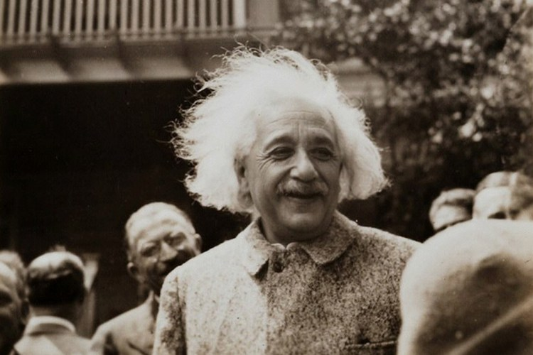 Purim, Einstein And Newton