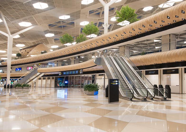 Heydar-Aliyev-Airport-terminal-by-Autoban_dezeen_784_12