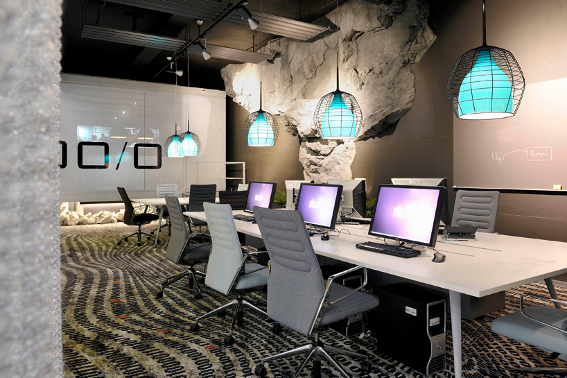 camenzind-evolution-design-google-offices-designboom-05