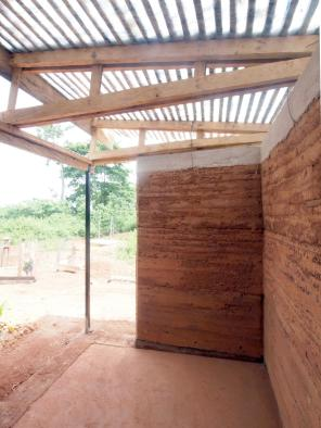 nkabom house_24_rammed earth