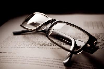 「1日5分!視力がみるみる良くなる本」を読んで、視力回復しちゃおう!というお話
