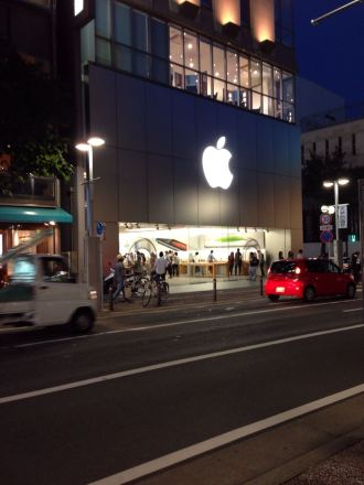 iPhone6、iPhone6Plusに機種変更するならアップルストアでのキャリア端末予約がオススメな件