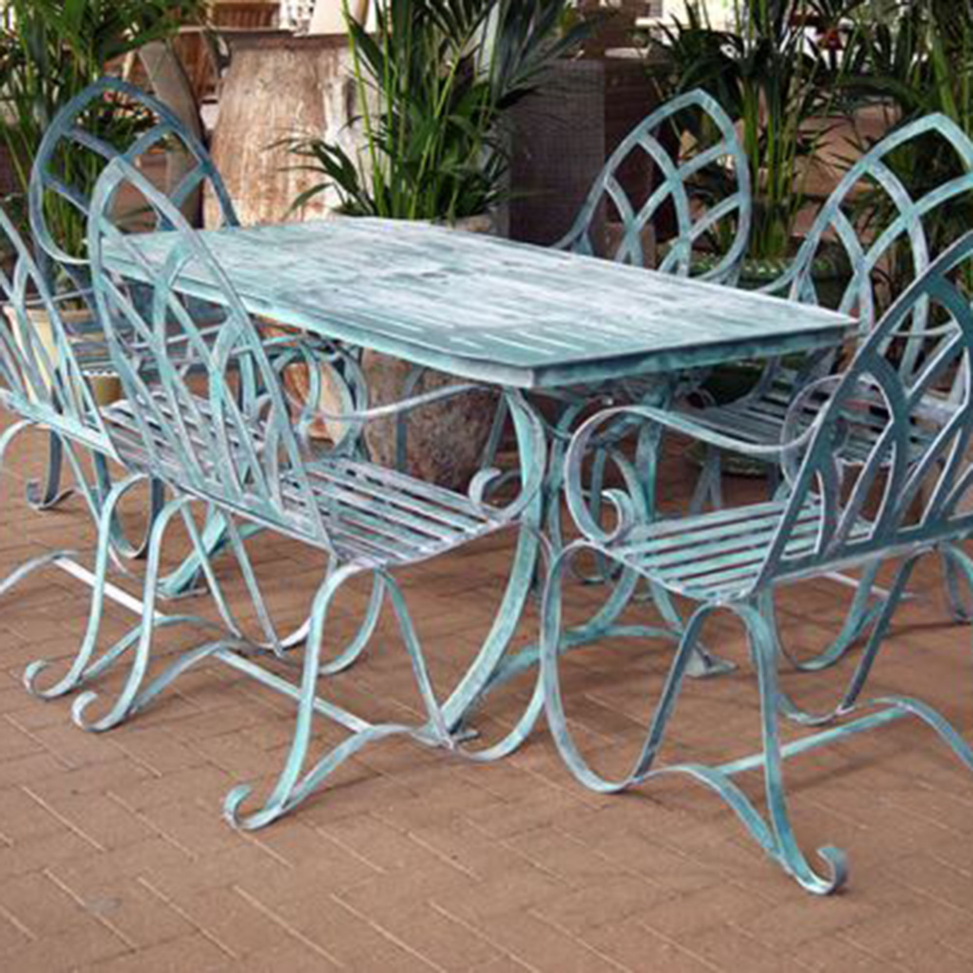 metal outdoor chair chrome dining chairs nz why you should buy cast aluminum garden furniture