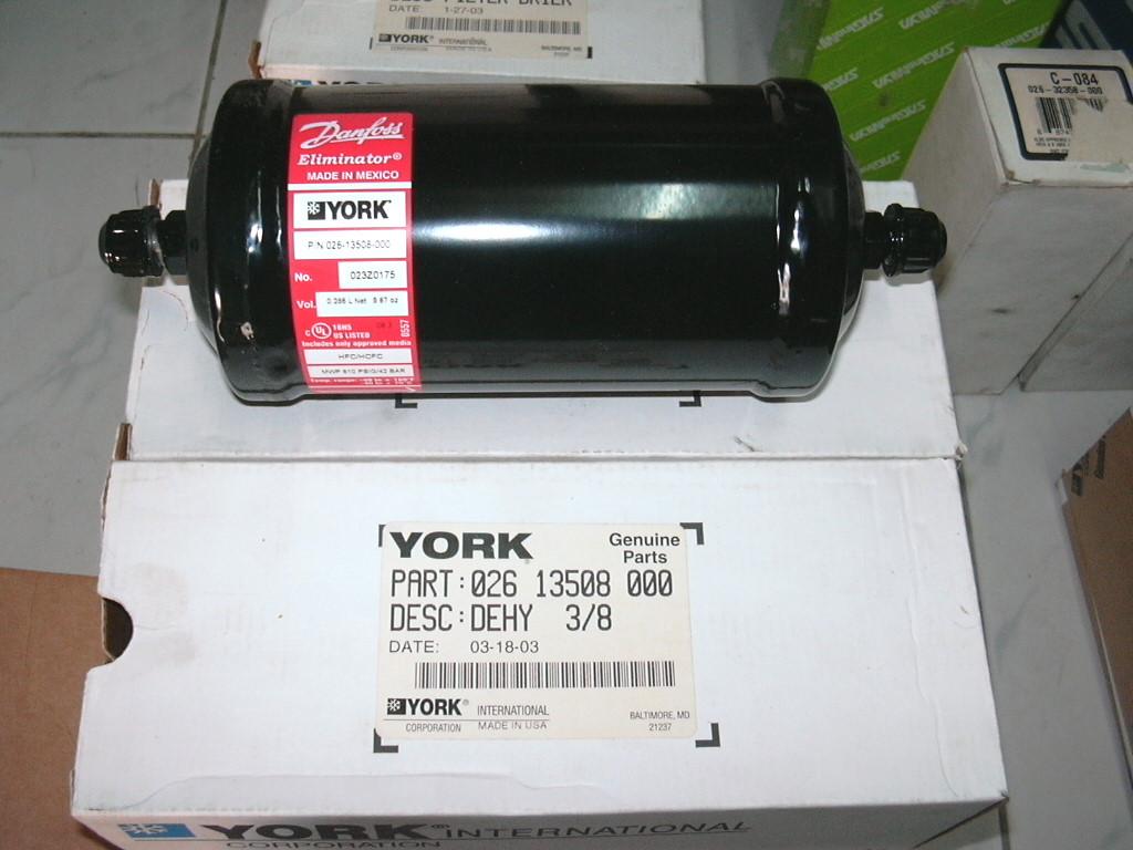 立揚空調設備有限公司 = YORK主機零配件進口銷售、YORK廠牌零配件銷售、YORK油液位開關、YORK主機按鍵面板、YORK ...