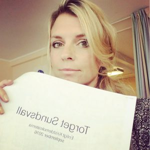 Liza-Maria presenterar torget enligt KD