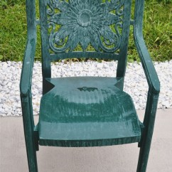 How To Paint Plastic Chairs Beach Umbrella And Furniture A Makeover Liz Marie Blog So You Have Not Pretty Piece Of It S Easy Give That Would Be Sin Make