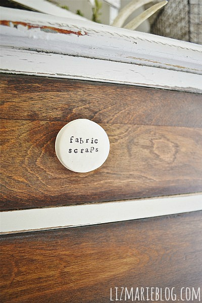 DIY clay drawer label knobs- Quick & easy & a cute way to keep you organized!!