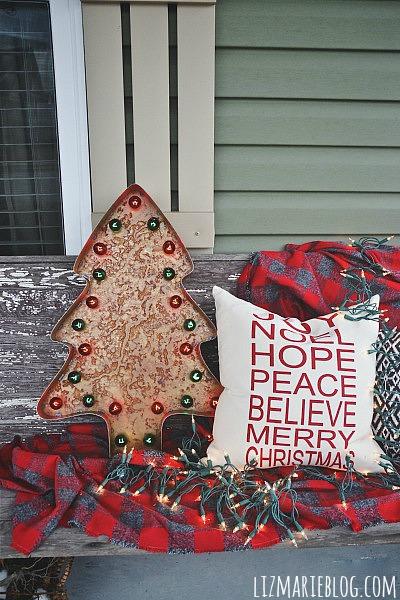 Simple Rustic Christmas Porch - lizmarieblog.com