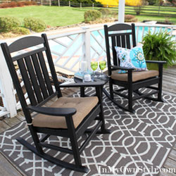 Spectacular Polywood Presidential Rocking Chairs and Table to use