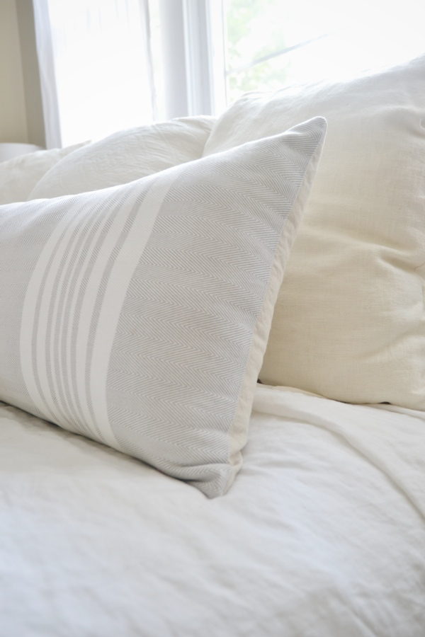 Diy Extra Long Lumbar Pillow Liz Marie Blog