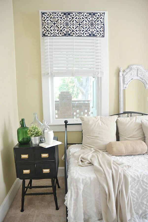 DIY Easy Window Valance - NO SEW! - Liz Marie Blog