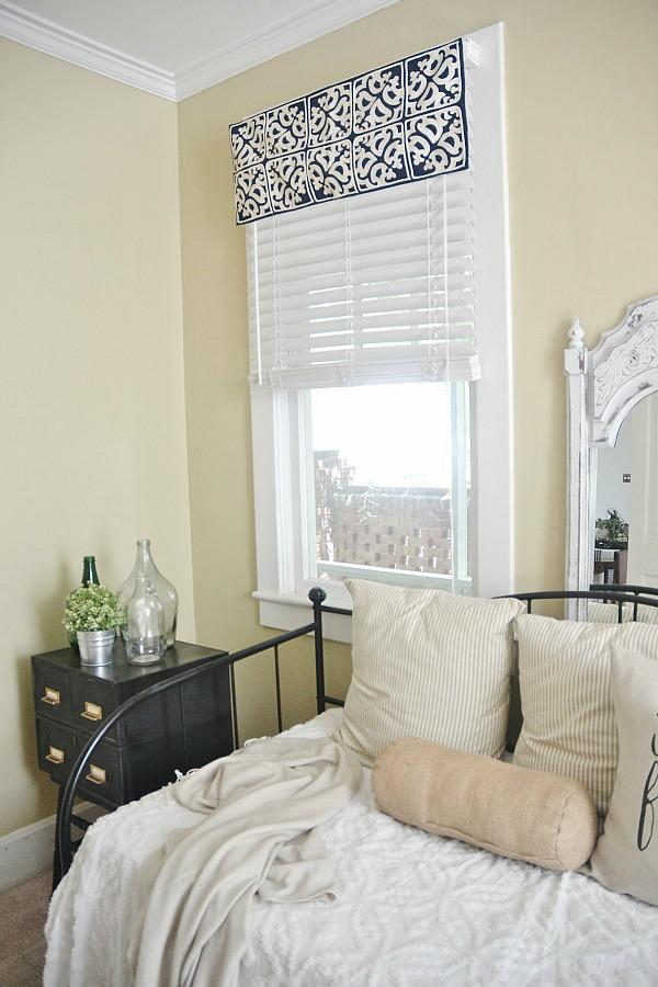 Diy Easy Window Valance No Sew Liz Marie Blog
