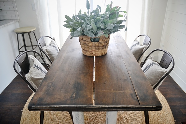 Simple Rustic Metal U Wood Dining Chairs With A Farmhouse Table