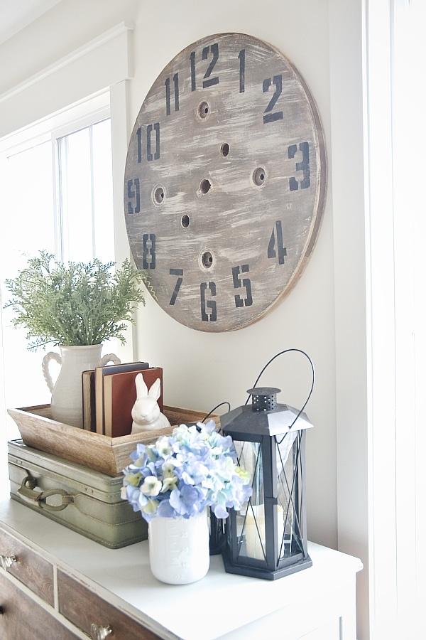 DIY Wood Pallet Clock - An Imperfect DIY Project - Liz ...