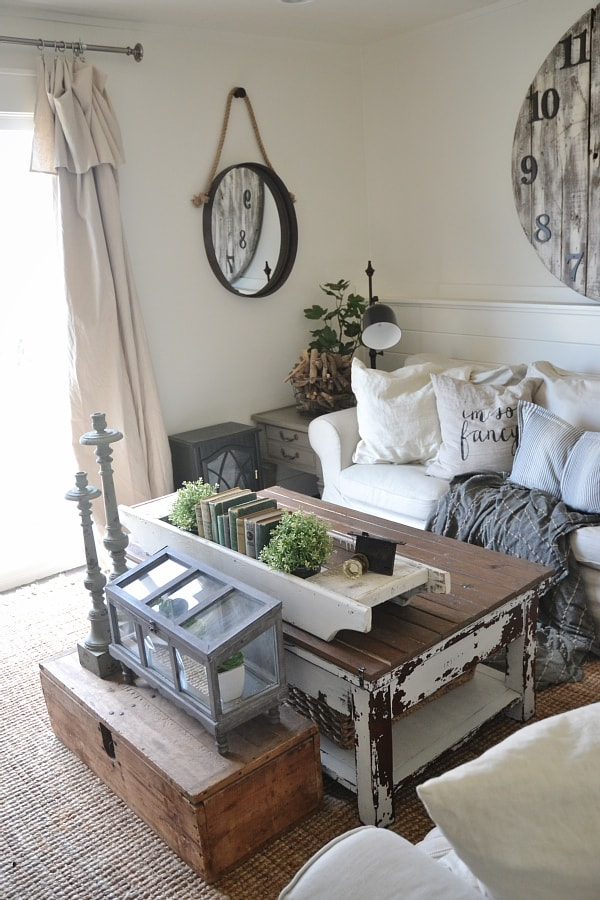 Two coffee tables styled two very different ways. A must pin for ideas on how to style your coffee table!