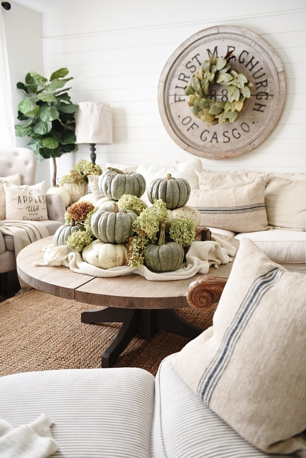Neutral fall home decor - Heirloom pumpkin coffee table