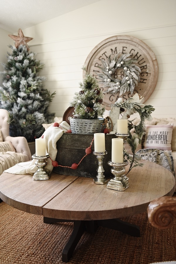 Coffee Table Xmas Decor