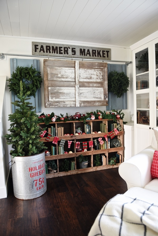 Cozy Rustic Christmas Cottage Living Room Liz Marie Blog