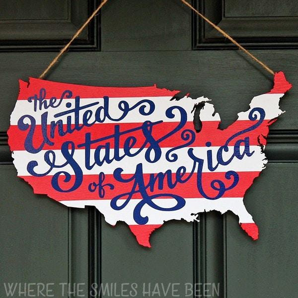 Patriotic-USA-Map-Door-Hanger-SQUAREwm