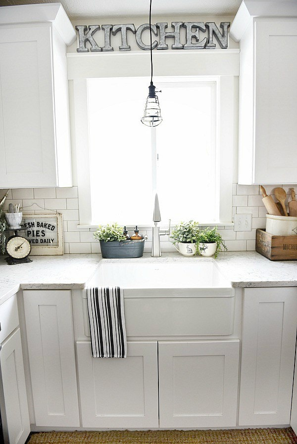 How To Give Any House Farmhouse Style - Liz Marie Blog