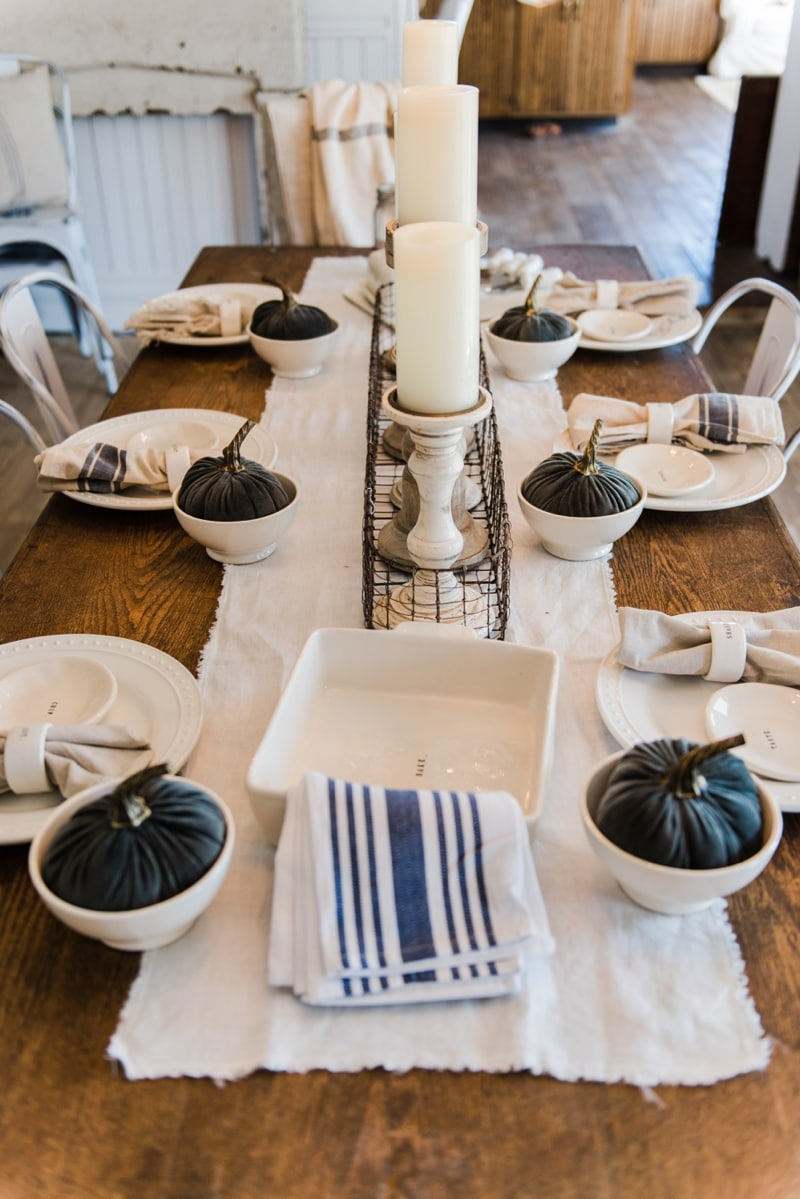 Simple neutral fall farmhouse dining room liz marie blog Modern fall table decorations