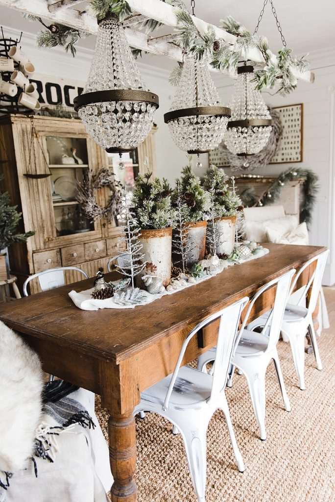 Rustic Glam Christmas Farmhouse Dining Room   A Must Pin For Farmhouse  Christmas Decor