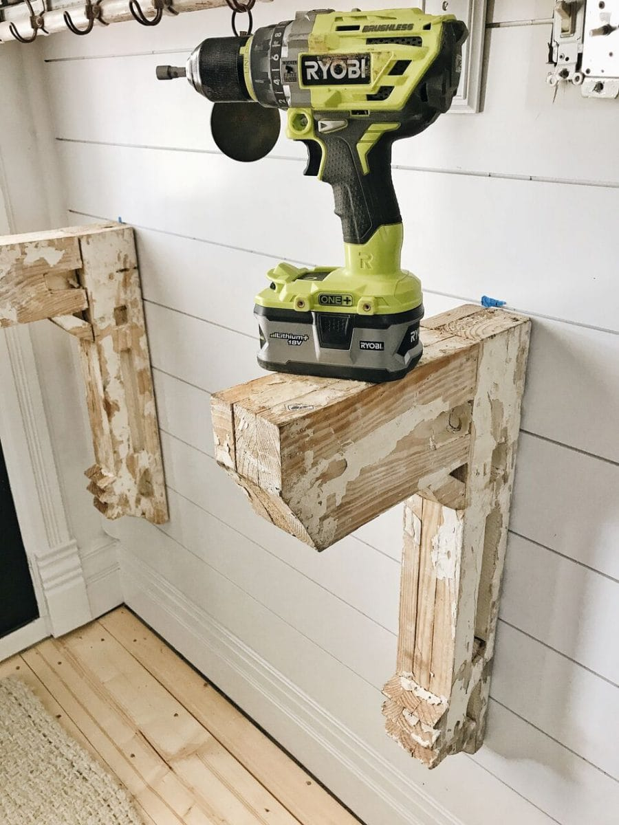 we built a lovely little entryway table that is the perfect addition to our farmhouse when i say it was simple to make by the way i mean it is simpleu2026