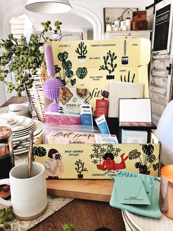 The Box You Have To Get This Spring - Liz Marie Blog