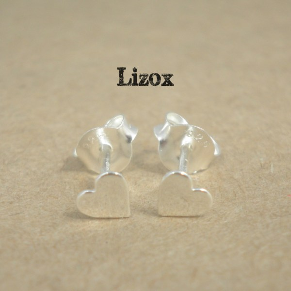 lizox-sterling-silver-heart-ear-posts