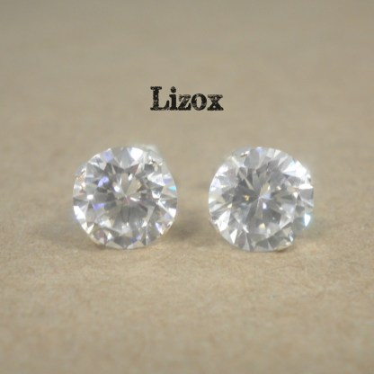 lizox-sterling-silver-7mm-cz-studs
