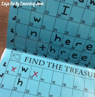 Kids love battling their friends for these sight words. Good for number sense as well. (Liz's Early Learning Spot)