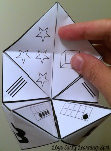 Counting numbers when you only have a minute using free Cootie Catchers from Liz's Early Learning Spot