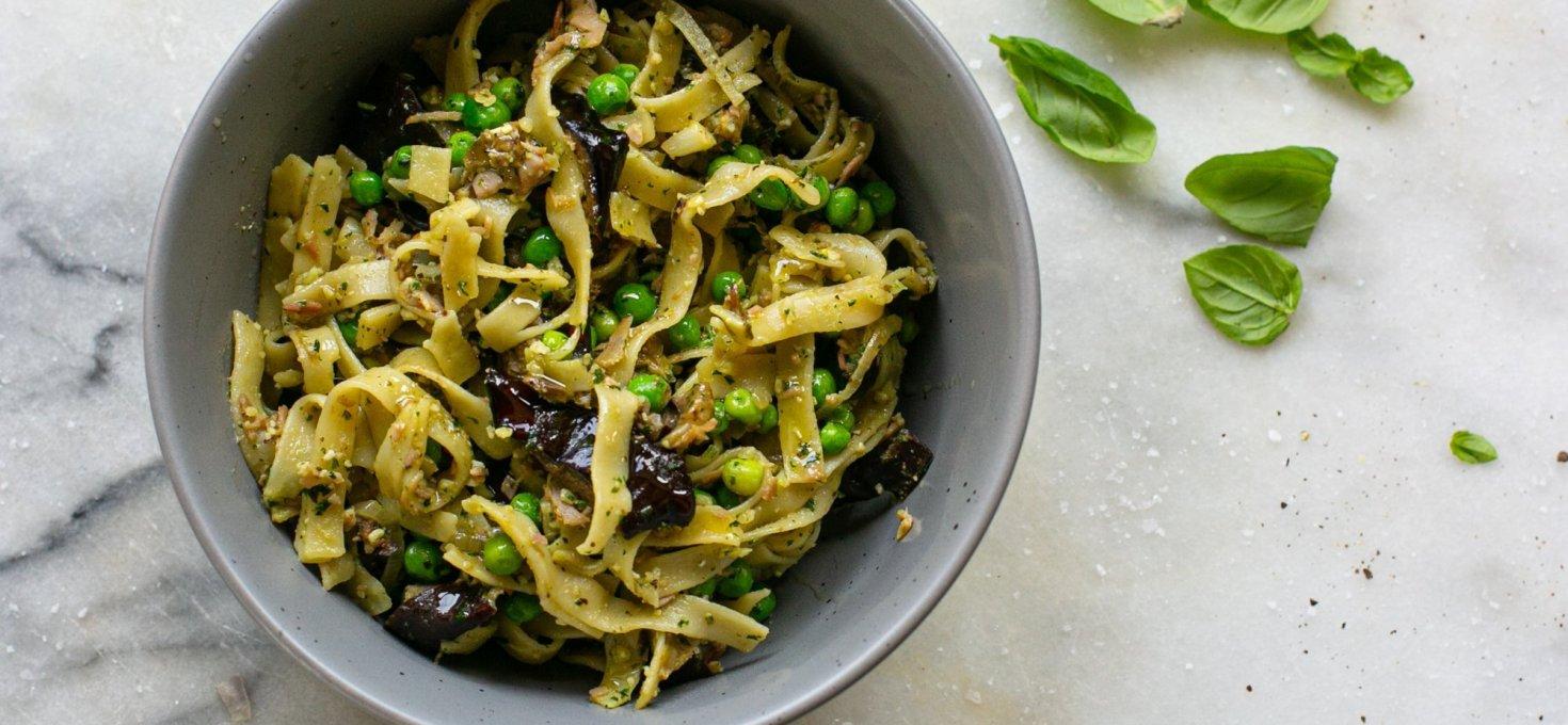 Aubergine Pesto Pasta