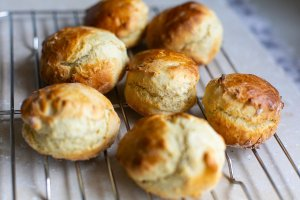 freshly baked fluffy buttermilk scones cooling on a wire rack