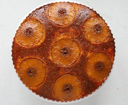 Caramelised Pineapple Sponge Cake