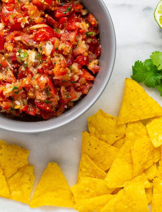 Homemade Spicy Tomato Salsa