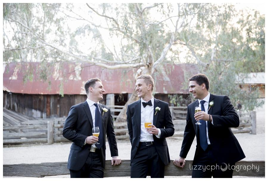 EmuBottomHomestead_Wedding_0023.jpg